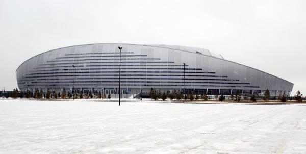 flickr.com.  Стадион Кажымукан (он же Астана Арена) в профиль.