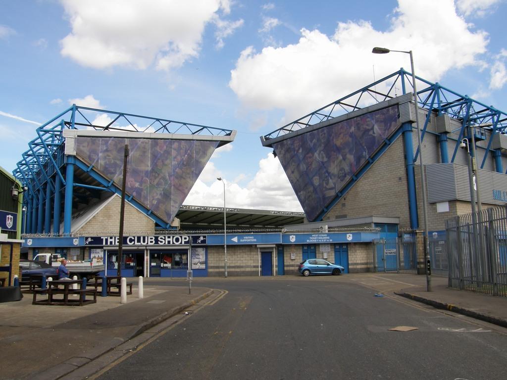 http://stadiums.at.ua/_nw/201/10061559.jpg