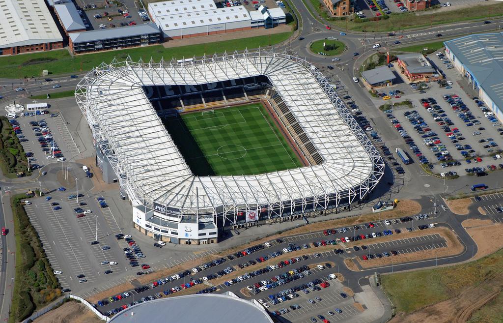 http://stadiums.at.ua/_nw/201/44980353.jpg