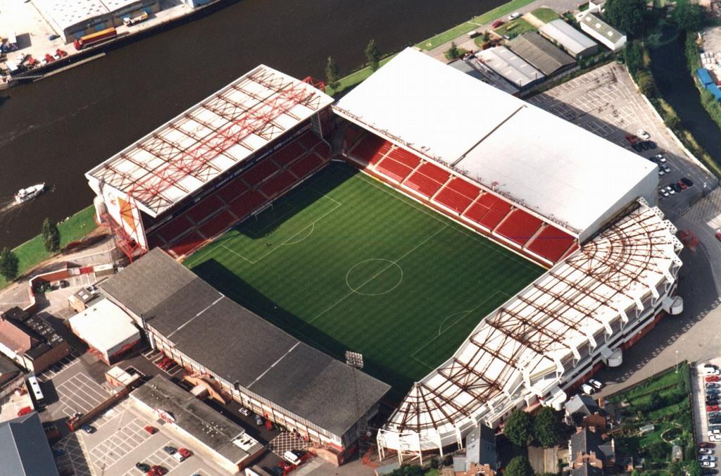 http://stadiums.at.ua/_nw/201/56593851.jpg