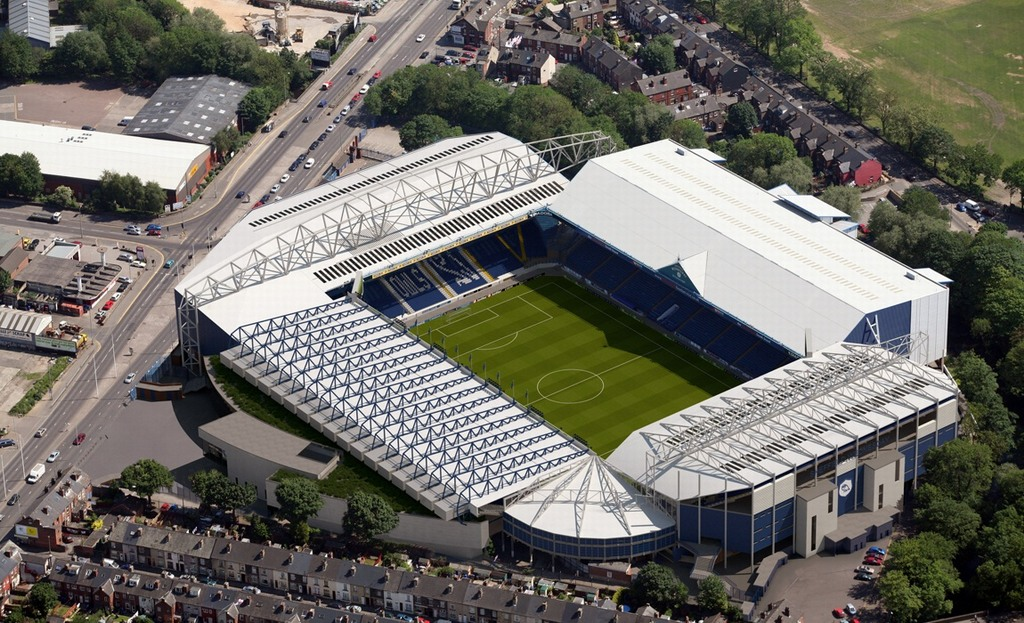 http://stadiums.at.ua/_nw/201/71165392.jpg