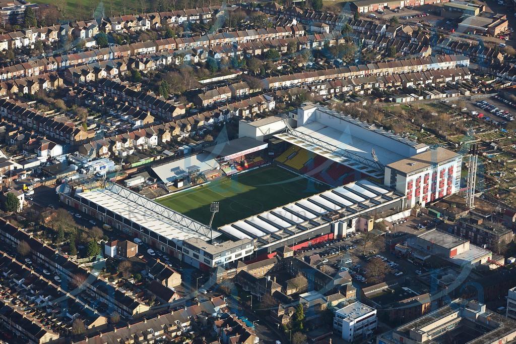 http://stadiums.at.ua/_nw/201/75534297.jpg
