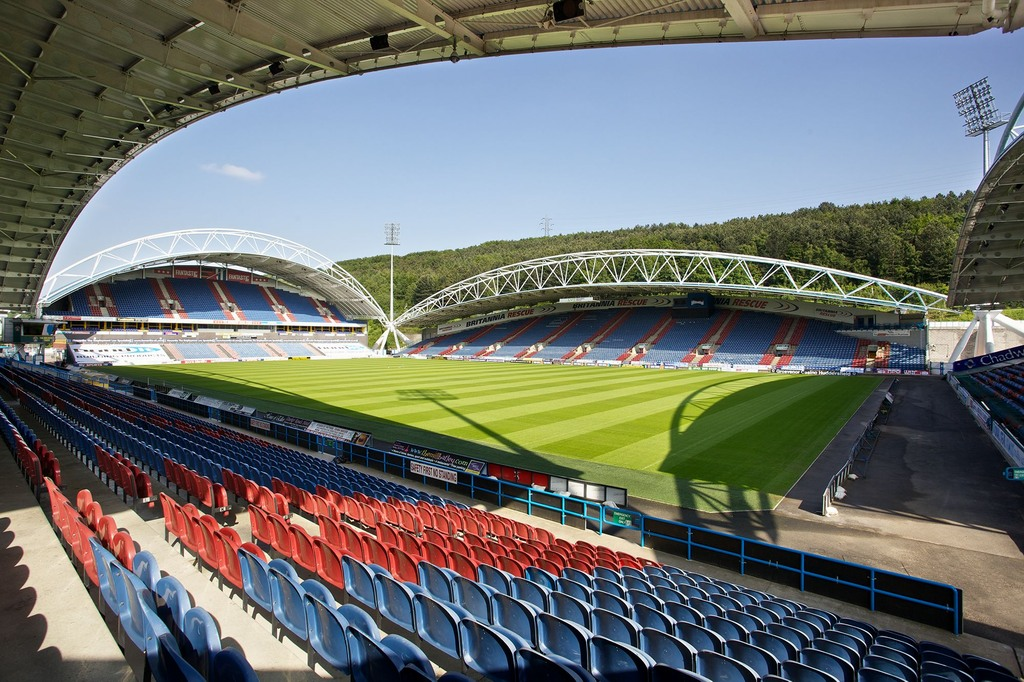 http://stadiums.at.ua/_nw/201/83598216.jpg