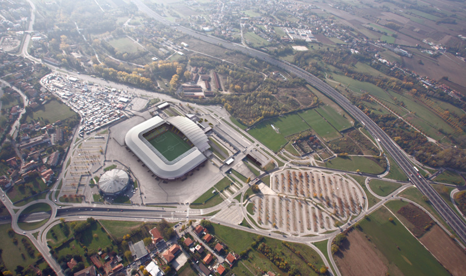 http://stadiums.at.ua/_nw/201/90155661.jpg