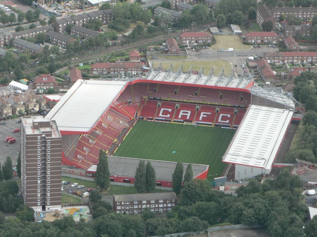 http://stadiums.at.ua/_nw/201/91822650.jpg