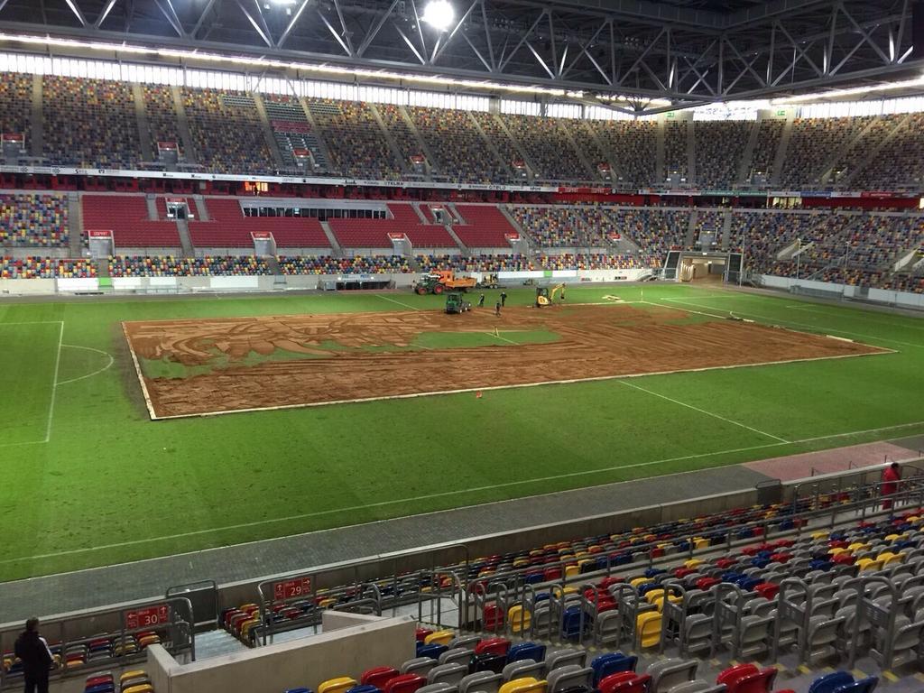 http://stadiums.at.ua/_nw/202/13765124.jpg