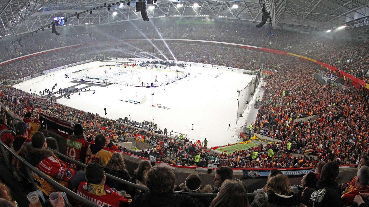 http://stadiums.at.ua/_nw/202/28667799.jpg