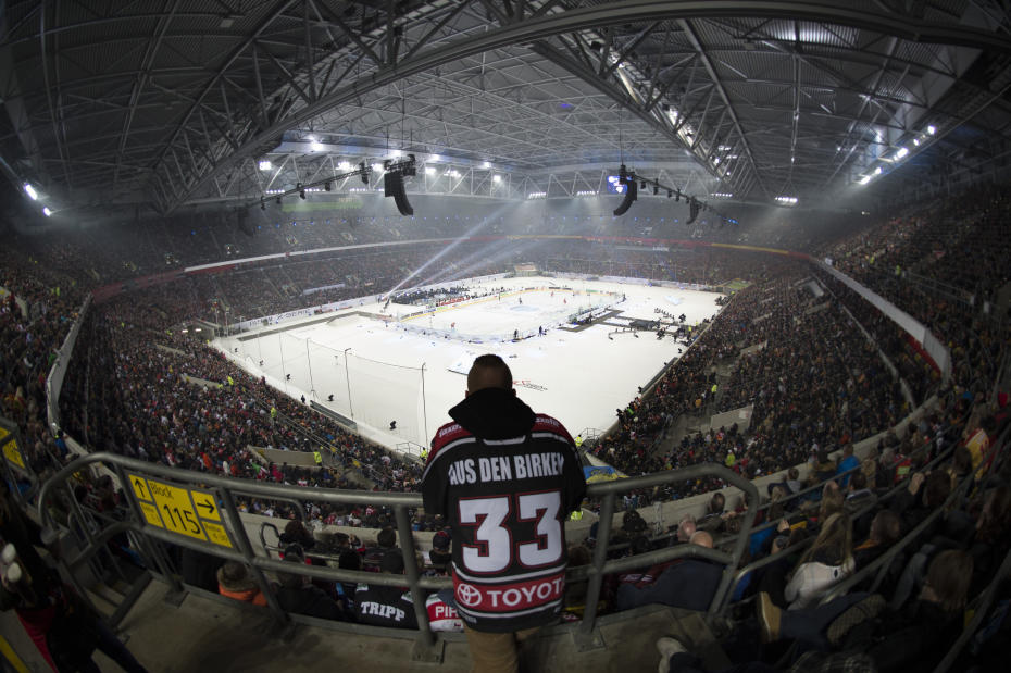 http://stadiums.at.ua/_nw/202/32163741.jpg