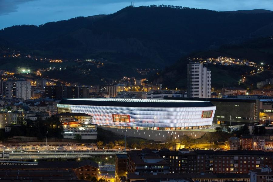http://stadiums.at.ua/_nw/204/12706226.jpg