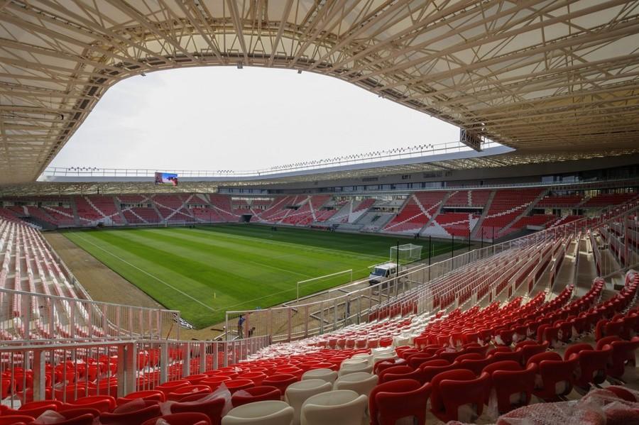 http://stadiums.at.ua/_nw/204/38642511.jpg