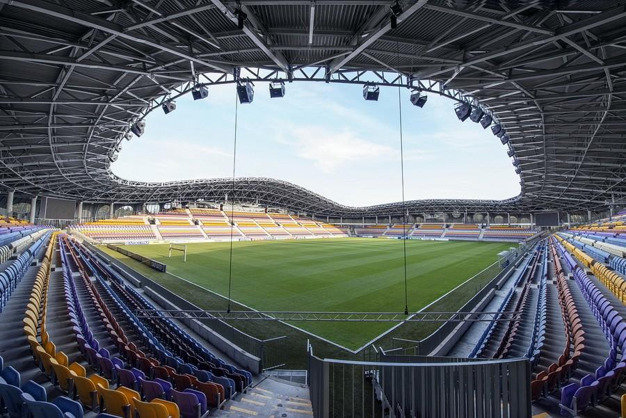 http://stadiums.at.ua/_nw/204/78130188.jpg