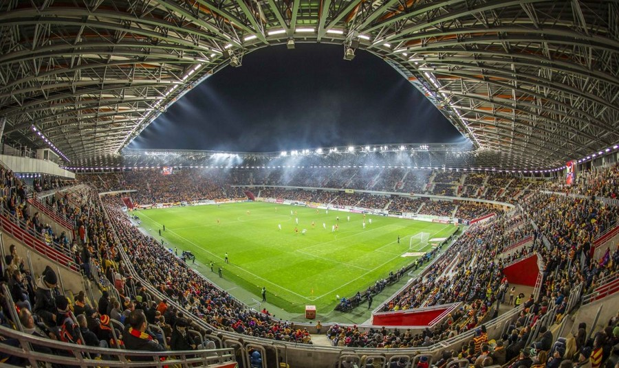 http://stadiums.at.ua/_nw/204/87049108.jpg