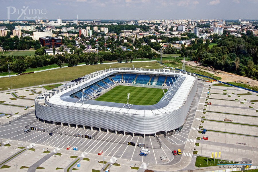http://stadiums.at.ua/_nw/204/94778773.jpg