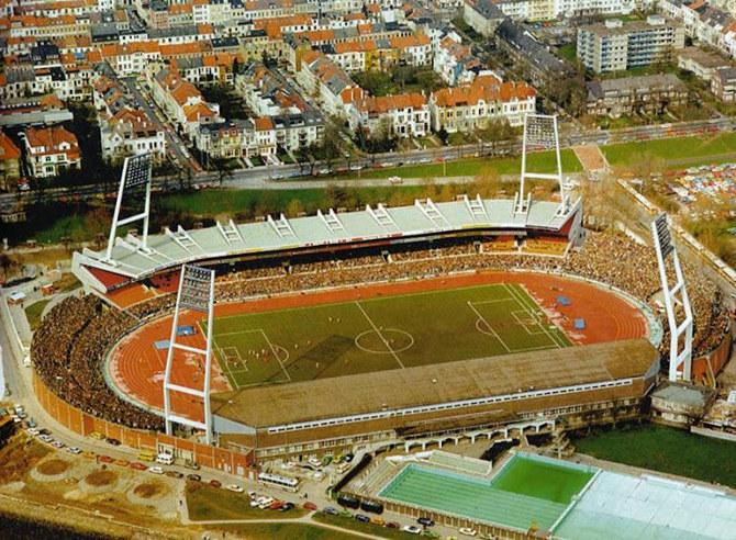 http://stadiums.at.ua/_nw/210/91512739.jpg