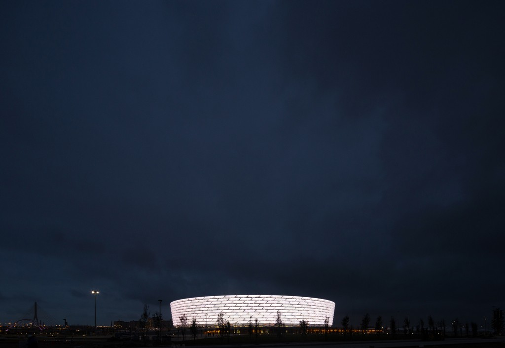 http://stadiums.at.ua/_nw/214/53075613.jpg