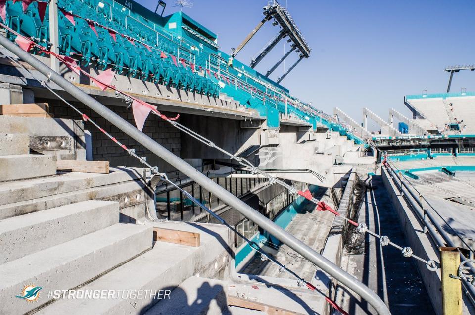 http://stadiums.at.ua/_nw/214/71056780.jpg