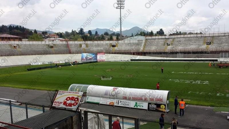 http://stadiums.at.ua/_nw/215/42360979.jpg