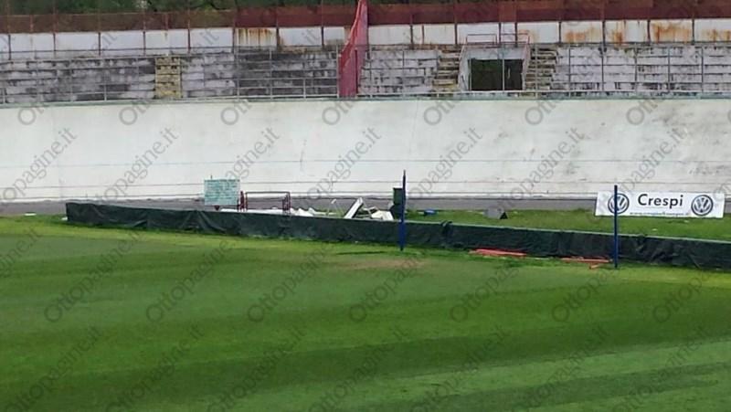 http://stadiums.at.ua/_nw/215/94576225.jpg