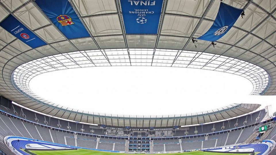http://stadiums.at.ua/_nw/221/91018335.jpg