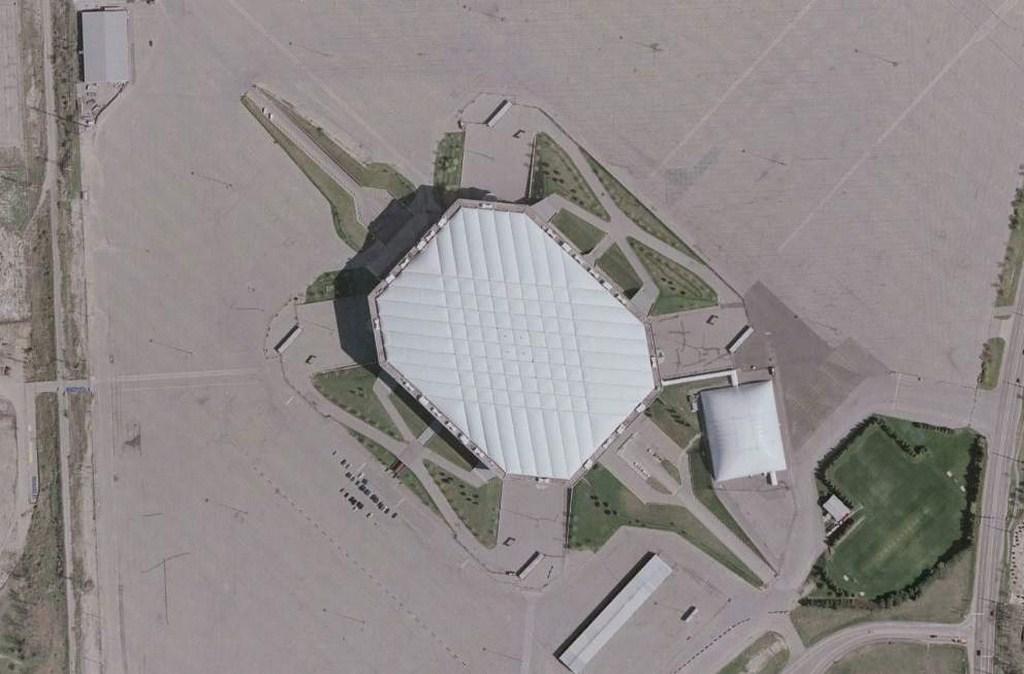 http://stadiums.at.ua/_nw/223/07210150.jpg
