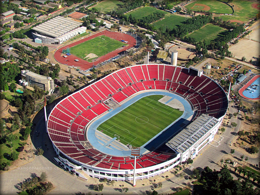 http://stadiums.at.ua/_nw/225/15601779.jpg
