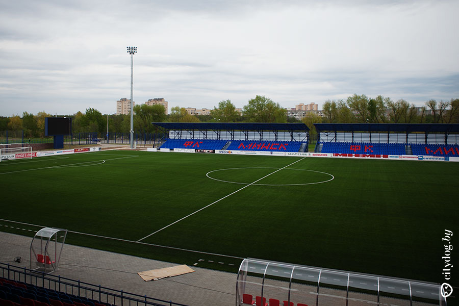 http://stadiums.at.ua/_nw/225/34420644.jpg