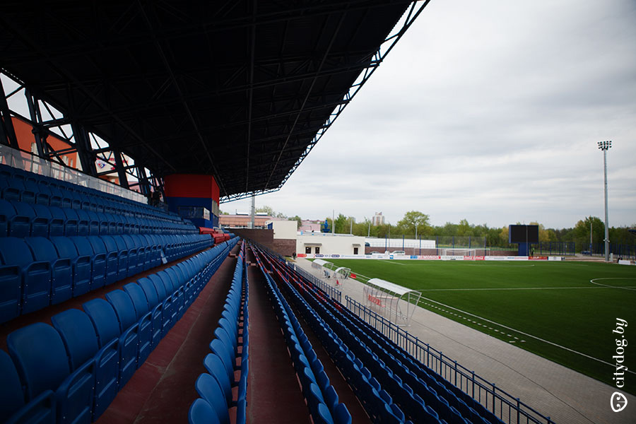 http://stadiums.at.ua/_nw/225/45120774.jpg
