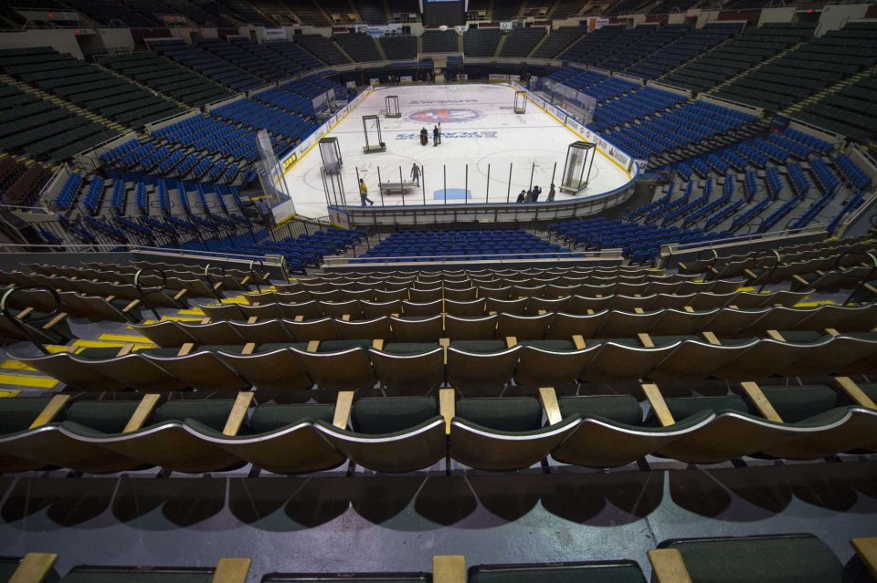 http://stadiums.at.ua/_nw/225/82245433.jpg