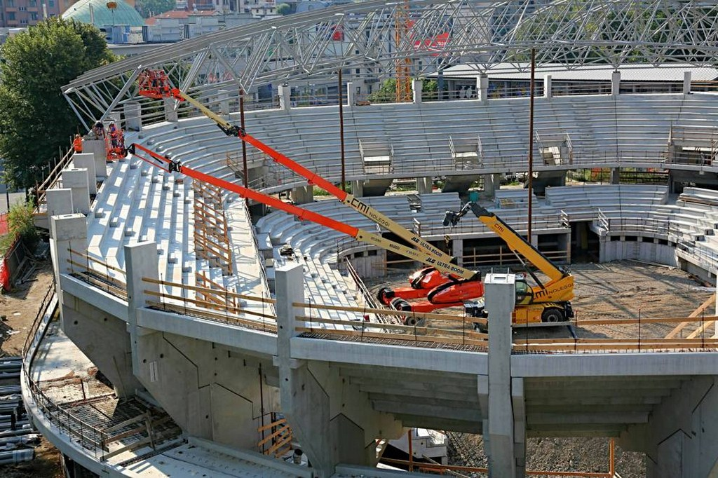 http://stadiums.at.ua/_nw/233/02238568.jpg