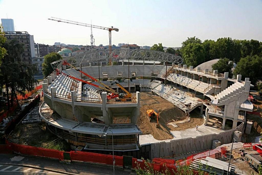 http://stadiums.at.ua/_nw/233/06499007.jpg