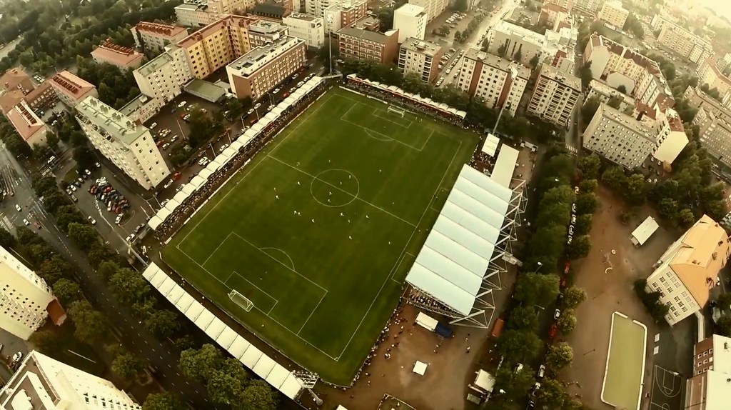http://stadiums.at.ua/_nw/238/93306426.jpg