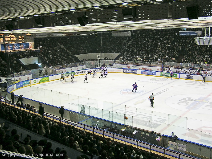 9. Сибирь Новосибирск - 6 300