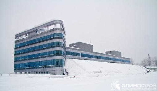 Здание биатлонного стадиона