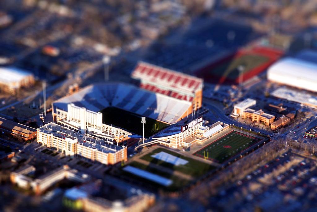 http://stadiums.at.ua/_nw/61/49488417.jpg