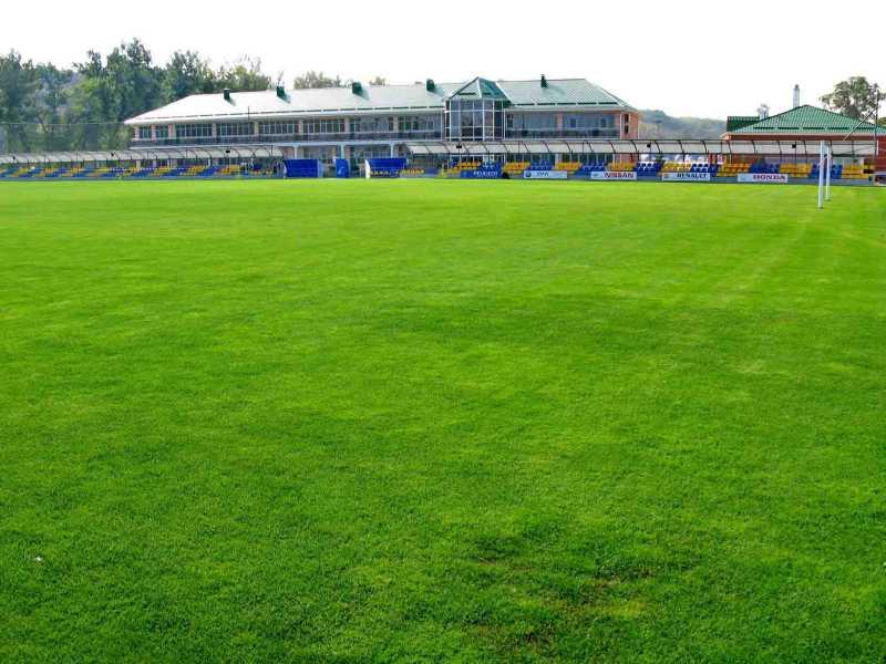 Футбольное поле на базе Скиф в Новопавловке