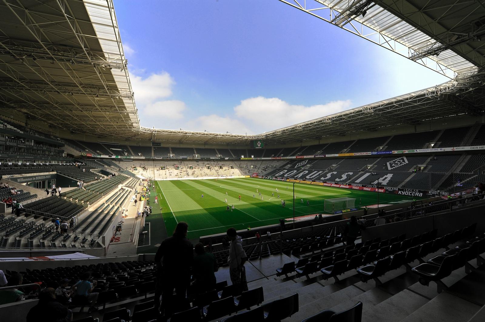 Боруссия менхенгладбах стадион тренировочная база